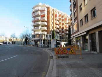 Obres a la plaça de Granollers amb el carrer de Jaume Isern.