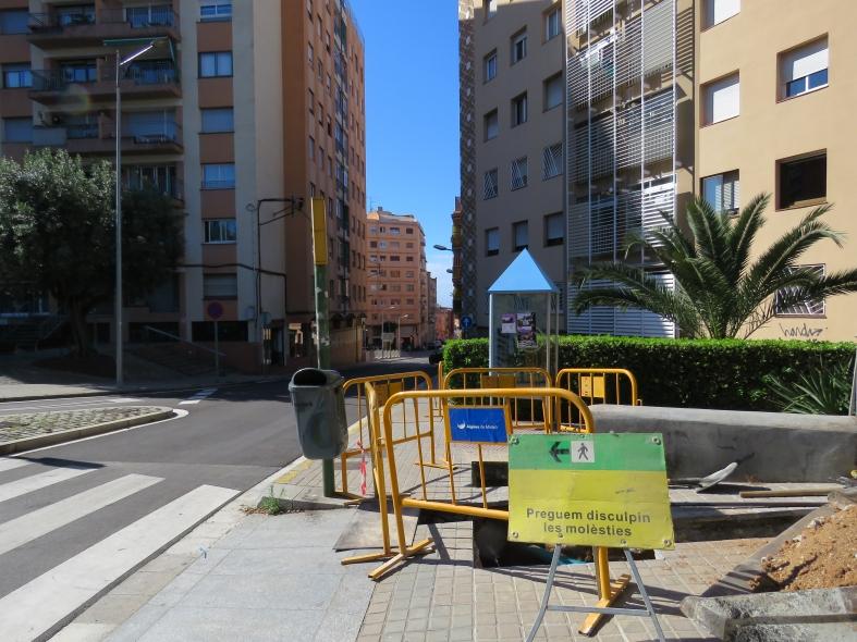 Obres al carrer de Joaquim Capell i Vidal.